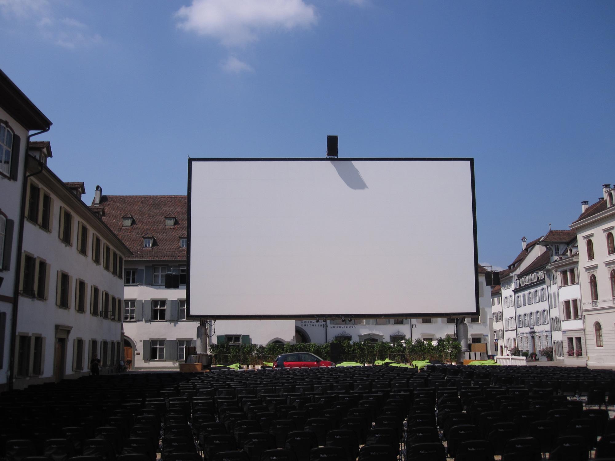 filmdoek op stadsplein